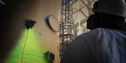 Gecko Robotics Inspection Team performs rapid ultrasonic gridding (RUG)